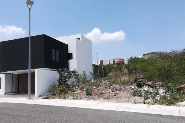 Foto de terreno habitacional en venta en  , desarrollo habitacional zibata, el marqués, querétaro, 14033526 No. 02