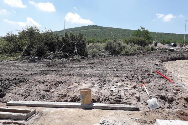 Foto de terreno habitacional en venta en  , desarrollo habitacional zibata, el marqués, querétaro, 14034879 No. 01
