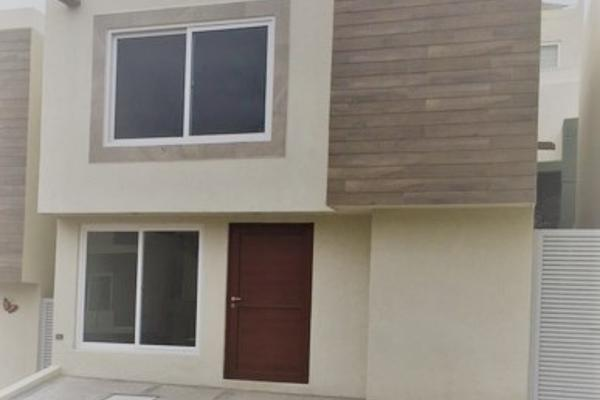 Foto de casa en renta en  , desarrollo habitacional zibata, el marqués, querétaro, 14034979 No. 01
