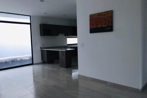 Foto de casa en venta en  , desarrollo habitacional zibata, el marqués, querétaro, 14034983 No. 03