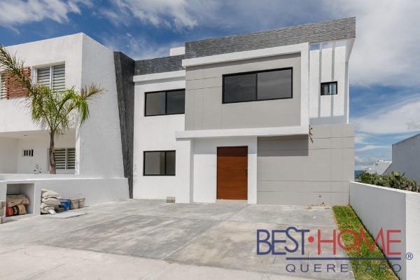 Foto de casa en venta en  , desarrollo habitacional zibata, el marqués, querétaro, 14035665 No. 01