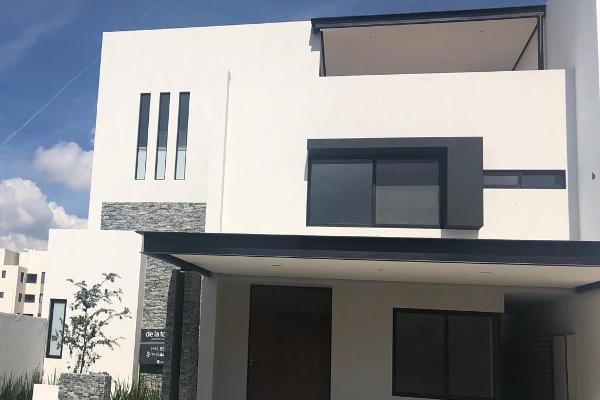 Foto de casa en venta en  , desarrollo habitacional zibata, el marqués, querétaro, 14035855 No. 01