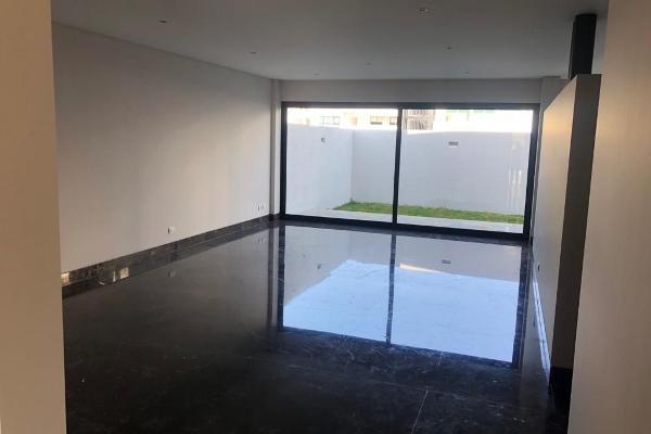 Foto de casa en venta en  , desarrollo habitacional zibata, el marqués, querétaro, 14035855 No. 02
