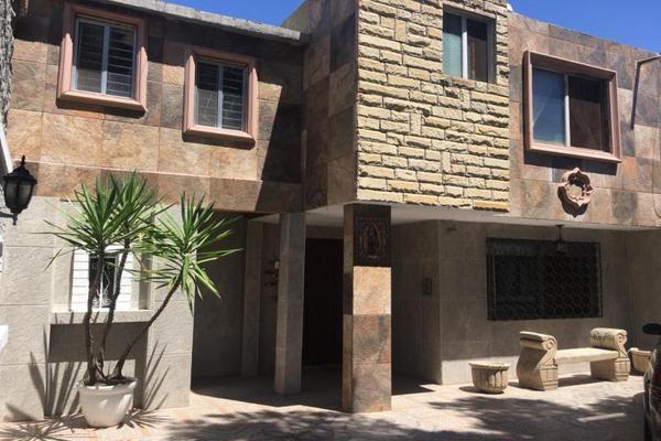 Foto de casa en venta en dionisio garcía fuente 939, saltillo zona centro, saltillo, coahuila de zaragoza, 9293126 No. 01