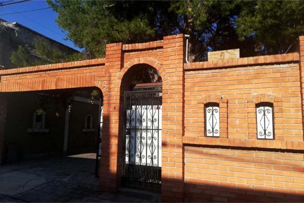 Foto de casa en venta en dionisio garcia fuentes 939, saltillo zona centro, saltillo, coahuila de zaragoza, 9915301 No. 01