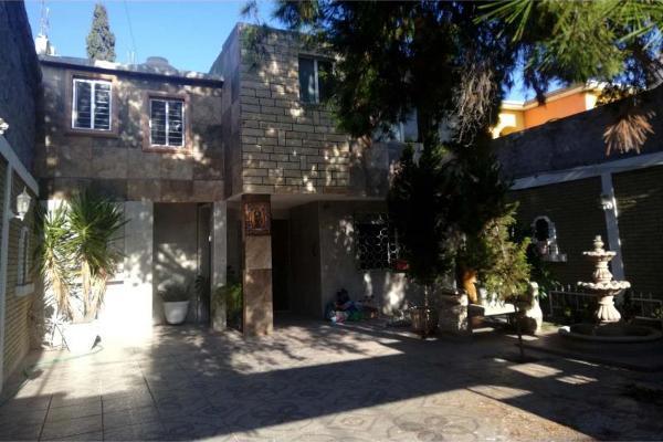 Foto de casa en venta en dionisio garcia fuentes 939, saltillo zona centro, saltillo, coahuila de zaragoza, 9915301 No. 02