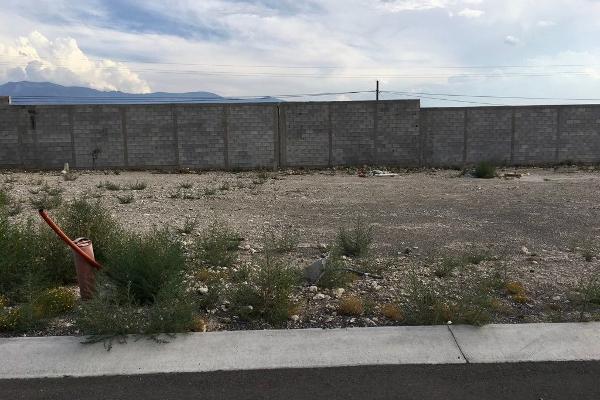 Foto de terreno habitacional en venta en doctor jesus valdes sánchez , arteaga centro, arteaga, coahuila de zaragoza, 14036272 No. 02