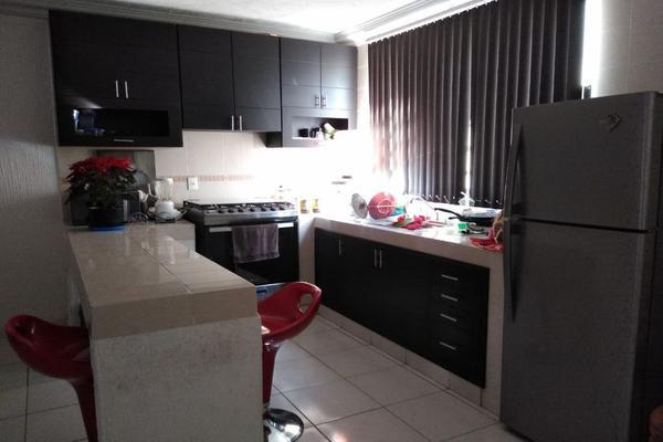Foto de casa en venta en domicilio conocido , capultitlán centro, toluca, méxico, 0 No. 02