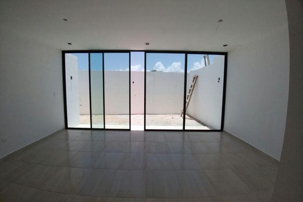 Foto de casa en venta en  , dzitya, mérida, yucatán, 14028488 No. 02