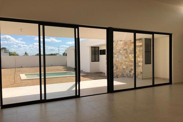 Foto de casa en venta en  , dzitya, mérida, yucatán, 7861060 No. 03