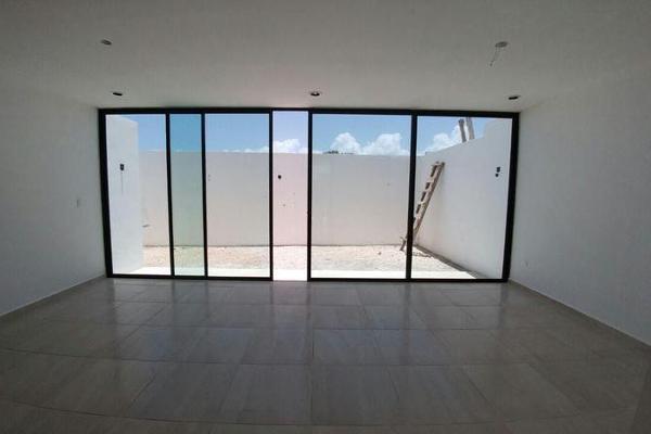 Foto de casa en venta en  , dzitya, mérida, yucatán, 8100080 No. 02