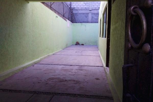 Foto de casa en venta en eje 8 , san pablo de las salinas, tultitlán, méxico, 0 No. 02