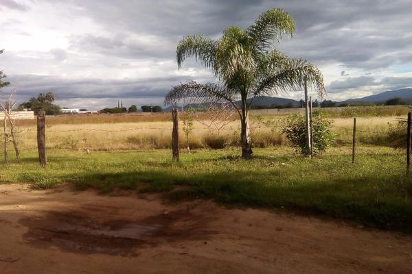 Foto de terreno habitacional en venta en ejido las tareas s/n , la soledad, san lorenzo cacaotepec, oaxaca, 8321529 No. 01
