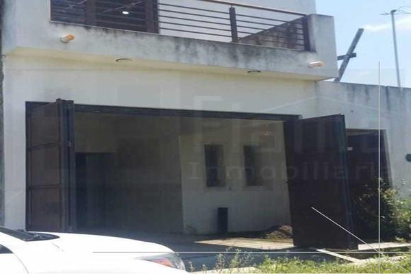 Foto de casa en venta en  , el armadillo, tepic, nayarit, 16880382 No. 02