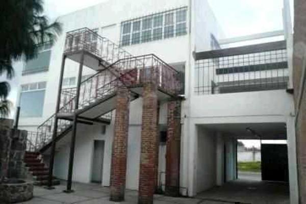 Foto de edificio en venta en  , el balcón, toluca, méxico, 13352113 No. 02