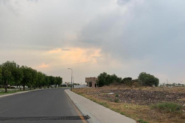 Foto de terreno habitacional en venta en  , el campanario, querétaro, querétaro, 14022108 No. 02