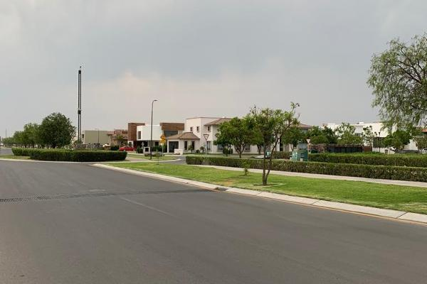 Foto de terreno habitacional en venta en  , el campanario, querétaro, querétaro, 14022108 No. 04