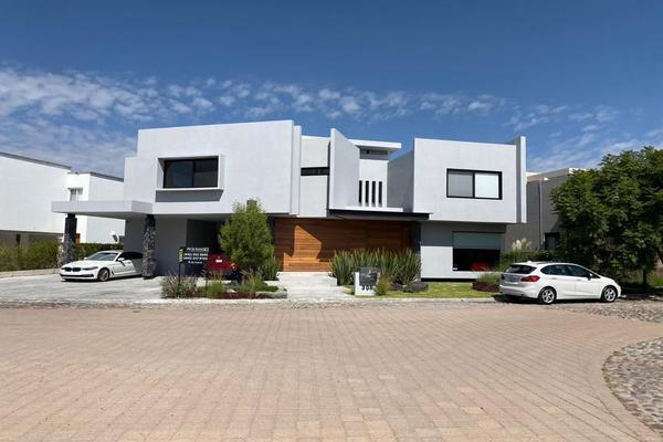 Foto de casa en venta en  , el campanario, querétaro, querétaro, 14035911 No. 02