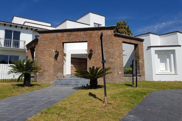 Foto de casa en venta en  , el campanario, querétaro, querétaro, 8024693 No. 01