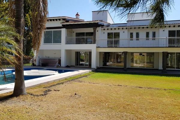 Foto de casa en venta en  , el campanario, querétaro, querétaro, 8024693 No. 02