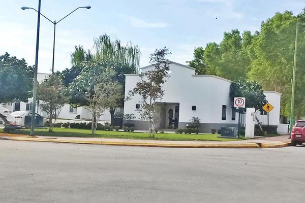 Foto de casa en venta en  , el castaño, torreón, coahuila de zaragoza, 5871346 No. 02
