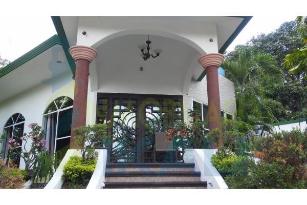 Foto de casa en venta en  , el cuatro, cerro azul, veracruz de ignacio de la llave, 9107501 No. 02