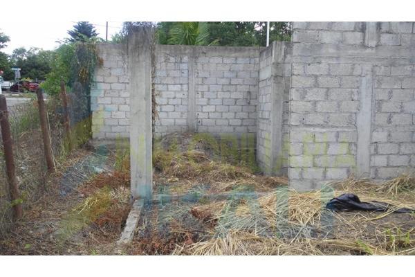 Foto de terreno habitacional en venta en  , el cuatro, cerro azul, veracruz de ignacio de la llave, 9180270 No. 02