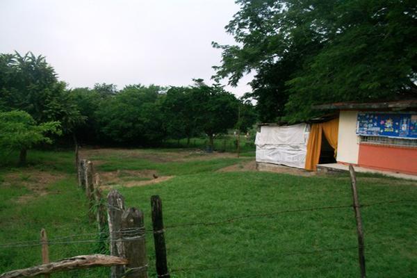 Foto de terreno habitacional en venta en el molino , el molino, pánuco, veracruz de ignacio de la llave, 3499303 No. 02