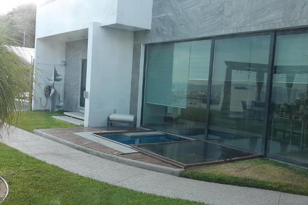 Foto de casa en venta en  , el pedregal, querétaro, querétaro, 14021964 No. 02