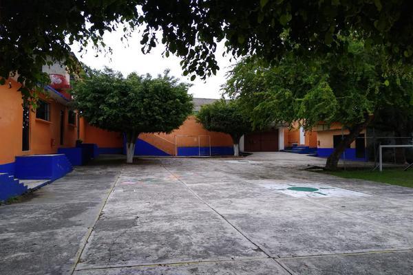 Foto de edificio en venta en  , el porvenir, jiutepec, morelos, 16846643 No. 02