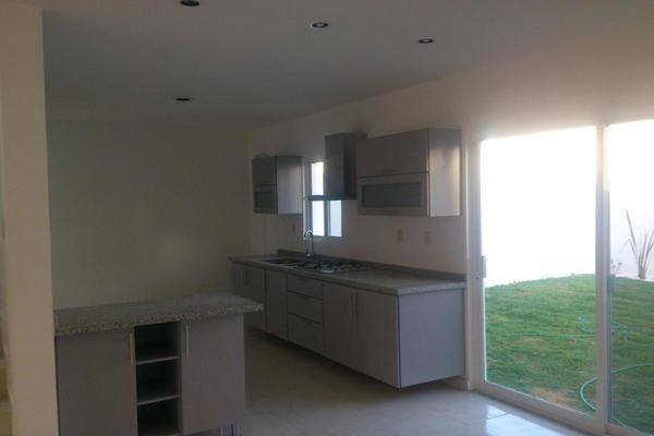 Foto de casa en venta en  , el pueblito, corregidora, querétaro, 14020472 No. 02