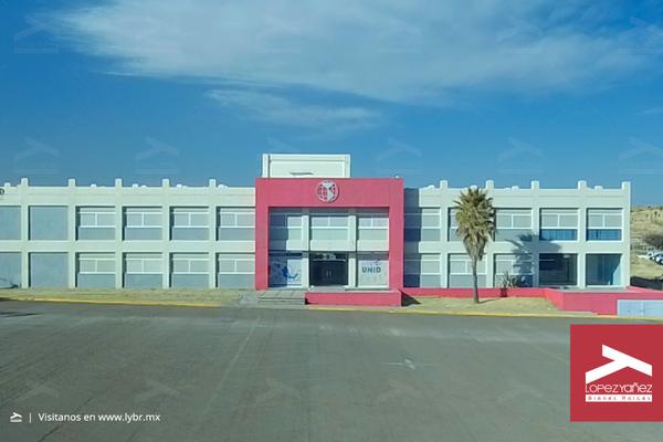 Foto de edificio en venta en  , el saltito 1, durango, durango, 17932813 No. 02