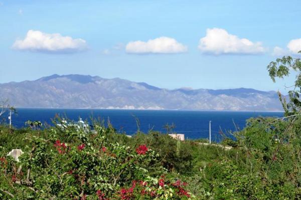 Foto de terreno habitacional en venta en  , el sargento, la paz, baja california sur, 2641823 No. 01