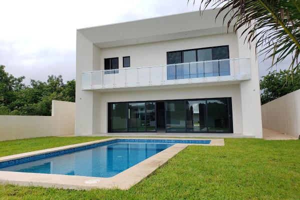 Foto de casa en venta en  , lagos del sol, benito juárez, quintana roo, 9931408 No. 01