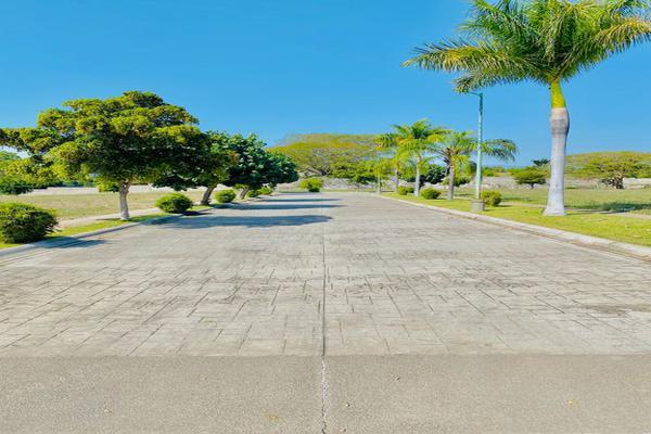 Foto de terreno habitacional en venta en el vizcaíno , colinas de santa fe, colima, colima, 17171566 No. 06