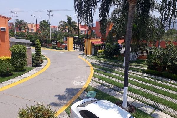 Foto de casa en venta en  , emiliano zapata, cuernavaca, morelos, 5670029 No. 01