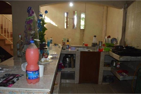 Foto de casa en venta en emiliano zapata , emiliano zapata, acapulco de juárez, guerrero, 6183656 No. 02