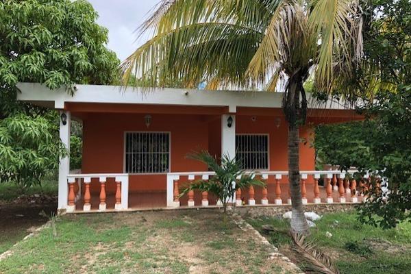 Foto de casa en venta en  , emiliano zapata sur iii, mérida, yucatán, 5424368 No. 02