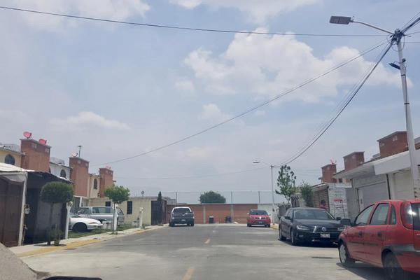 Foto de casa en venta en eritia 227, santa maría totoltepec, toluca, méxico, 0 No. 02