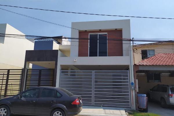 Foto de casa en venta en  , estadio 33, ciudad madero, tamaulipas, 11927025 No. 01