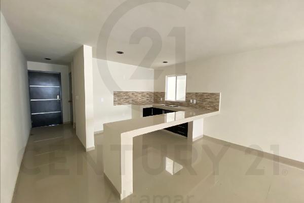 Foto de casa en venta en  , estadio 33, ciudad madero, tamaulipas, 15887295 No. 02