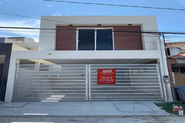 Foto de casa en venta en  , estadio 33, ciudad madero, tamaulipas, 7794440 No. 01