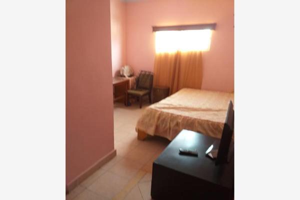 Foto de casa en venta en falcón 1379, eugenio aguirre benavides, torreón, coahuila de zaragoza, 8187473 No. 02