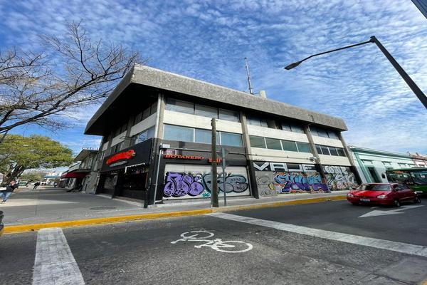 Foto de edificio en venta en federalismo , americana, guadalajara, jalisco, 18800334 No. 01