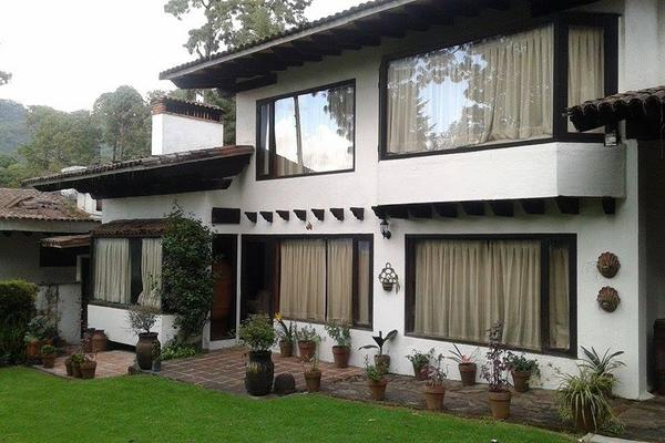 Foto de casa en condominio en renta en fontana bella , avándaro, valle de bravo, méxico, 5860260 No. 01