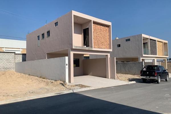 Foto de casa en venta en for de liz , la palma, saltillo, coahuila de zaragoza, 14036264 No. 01