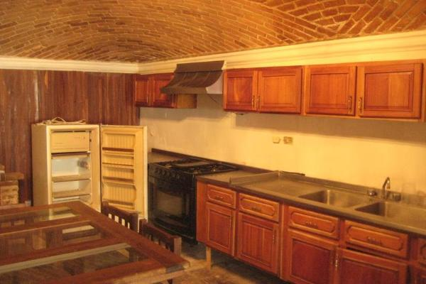 Foto de casa en venta en  , fraccionamiento campestre residencial navíos, durango, durango, 6161822 No. 02