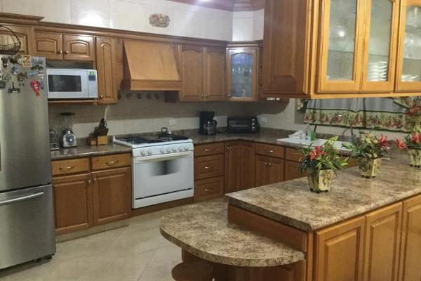 Foto de casa en venta en  , fraccionamiento lagos, torreón, coahuila de zaragoza, 0 No. 06