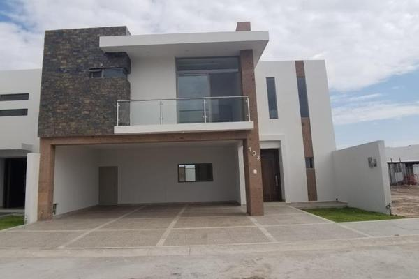 Foto de casa en venta en  , fraccionamiento lagos, torreón, coahuila de zaragoza, 16199910 No. 01