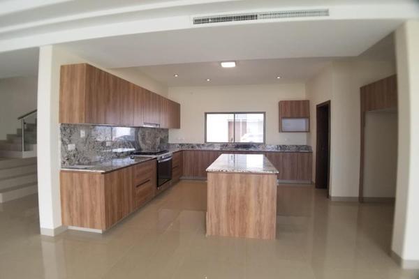 Foto de casa en venta en  , fraccionamiento lagos, torreón, coahuila de zaragoza, 16199910 No. 04